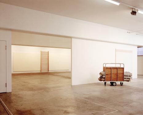 John_Armleder_Galerie Susanna Kulli_1990
