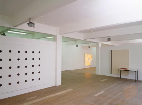 John Armleder_Galerie Susanna Kulli_1996